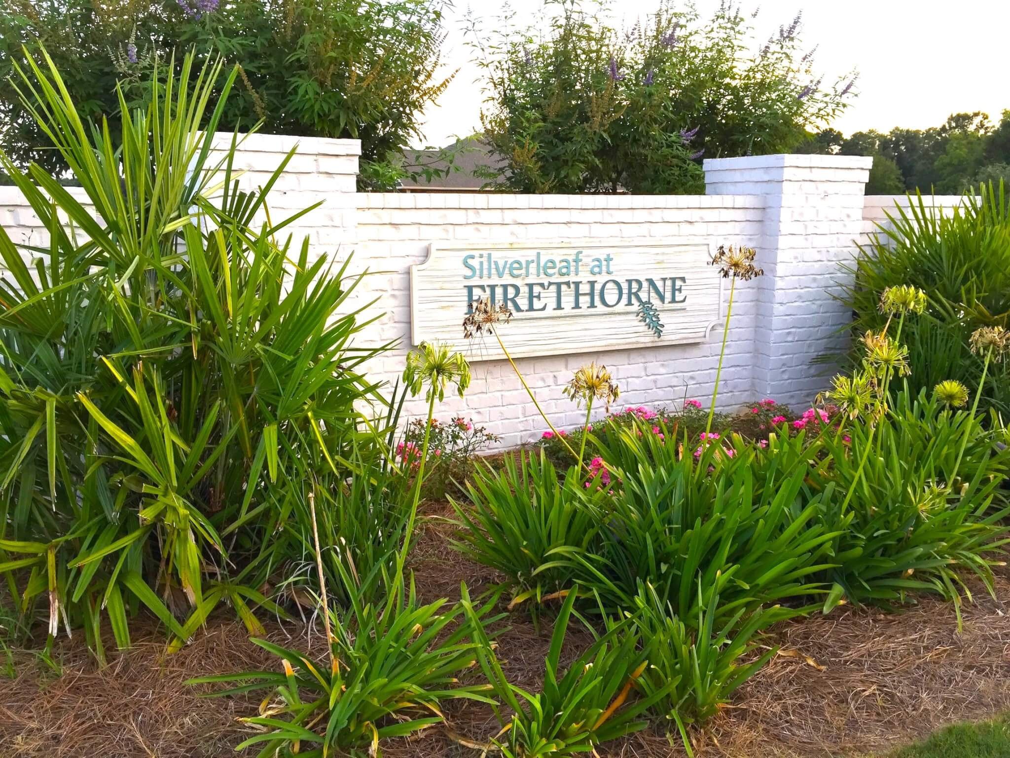 Silverleaf at Firethorne Sign