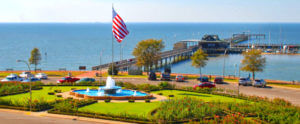 fairhope fountain and pier
