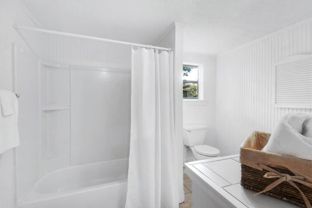 7390 New Era Road bathroom shower