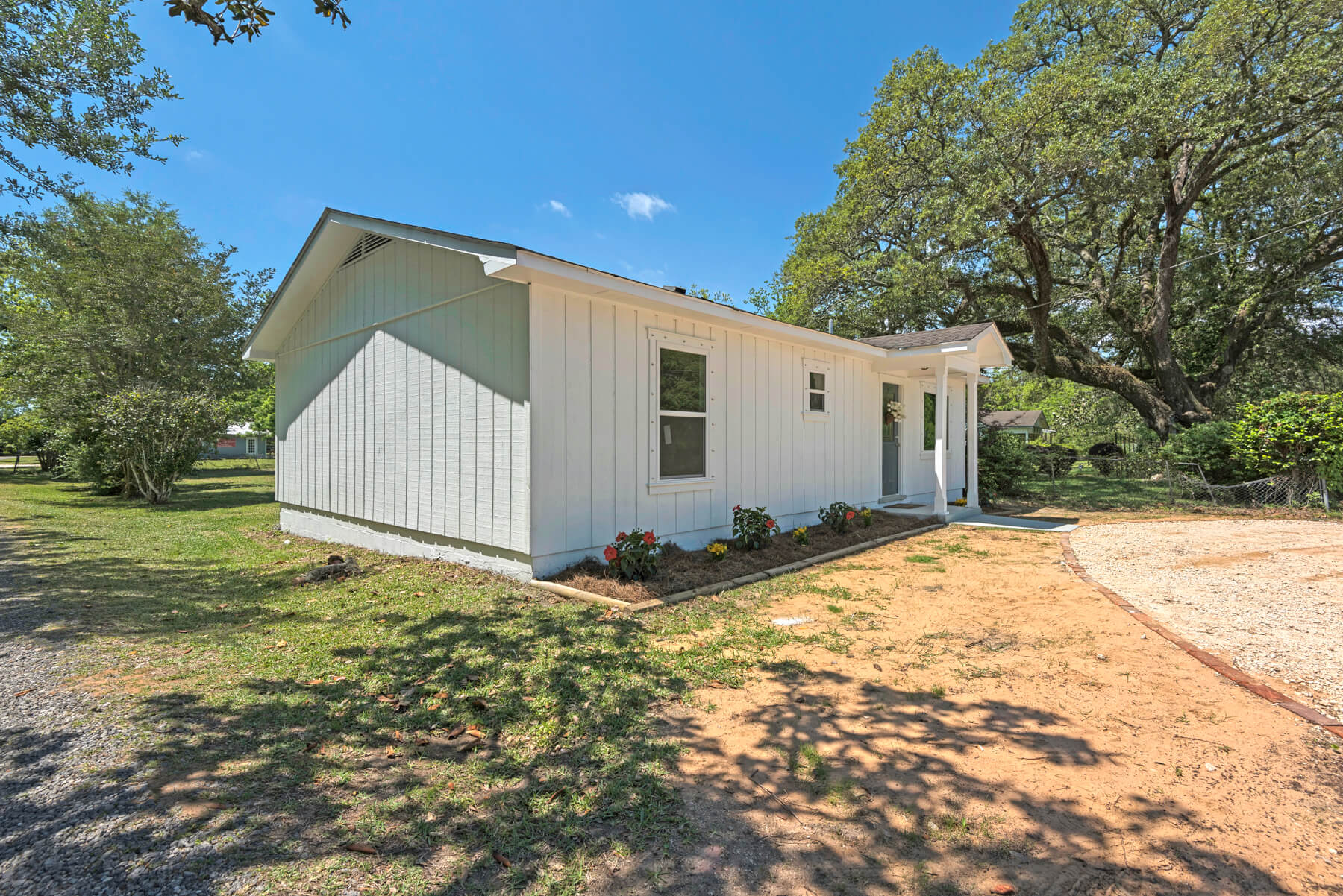 7466 Twin Beech Road Fairhope for Sale Urban Property Outside view 3