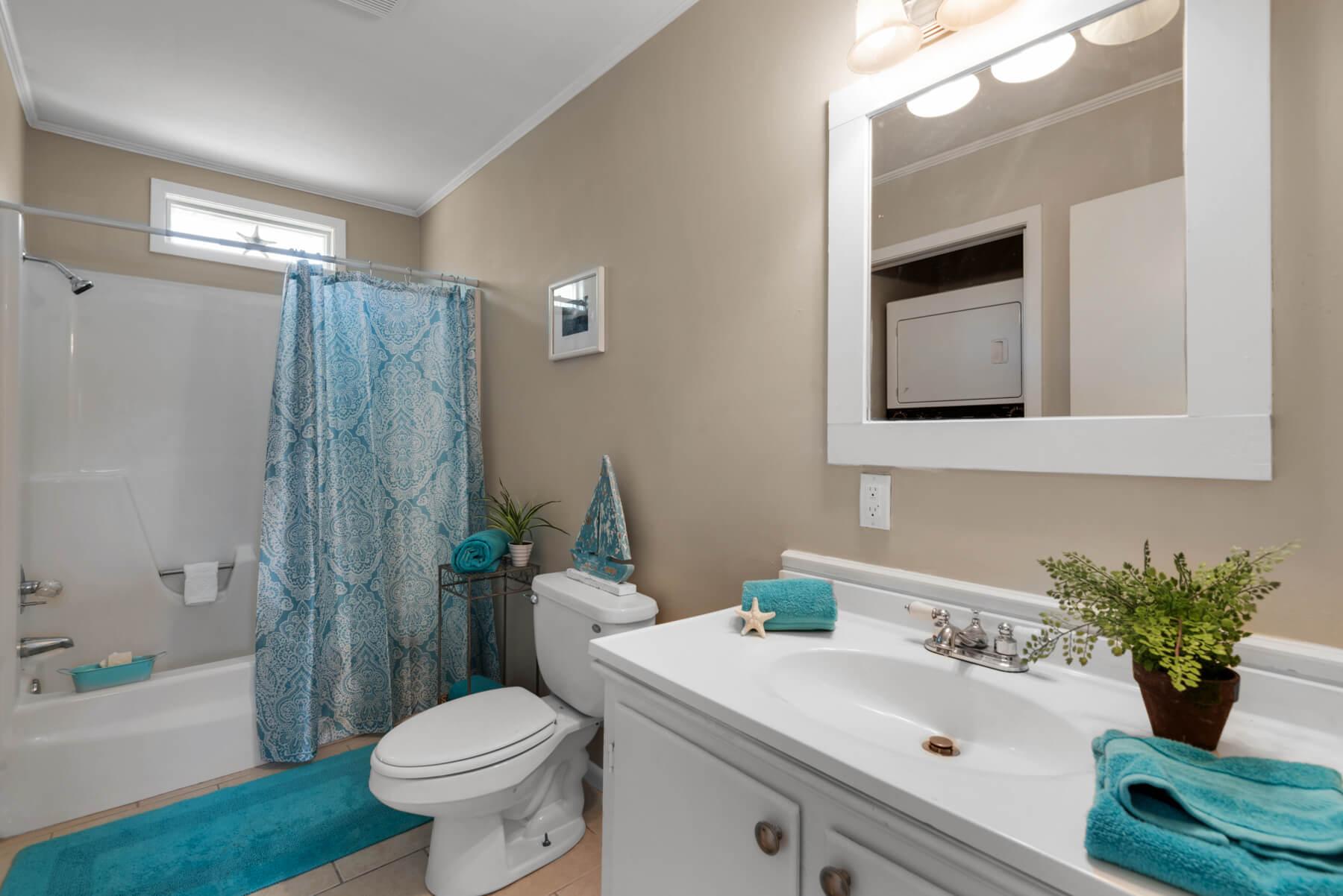 7466 Twin Beech Road Fairhope for Sale Urban Property bathroom view 1