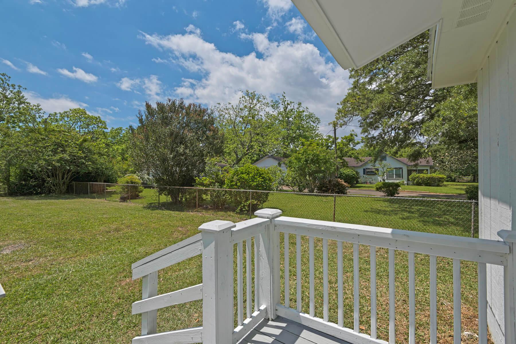7466 Twin Beech Road Fairhope for Sale Urban Property backyard view 2