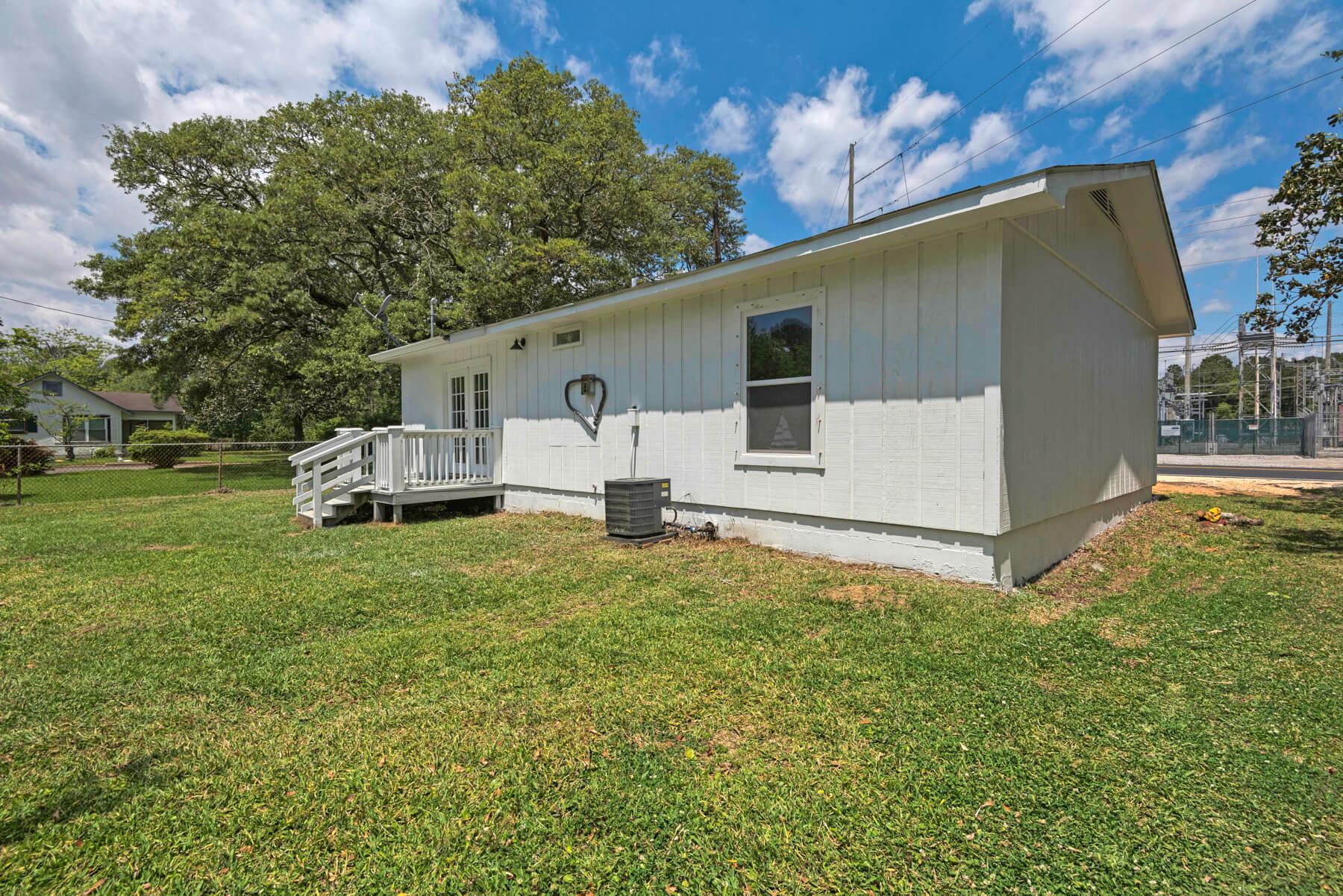 7466 Twin Beech Road Fairhope for Sale Urban Property backyard view 4