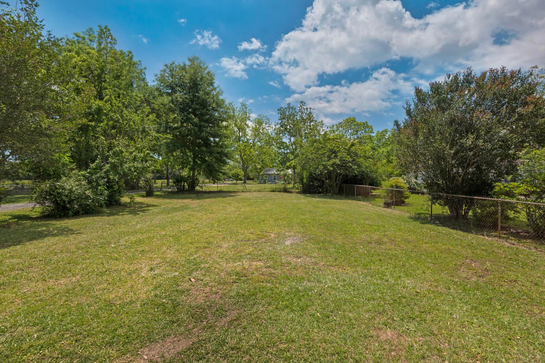 7466 Twin Beech Road Fairhope for Sale Urban Property backyard view 7