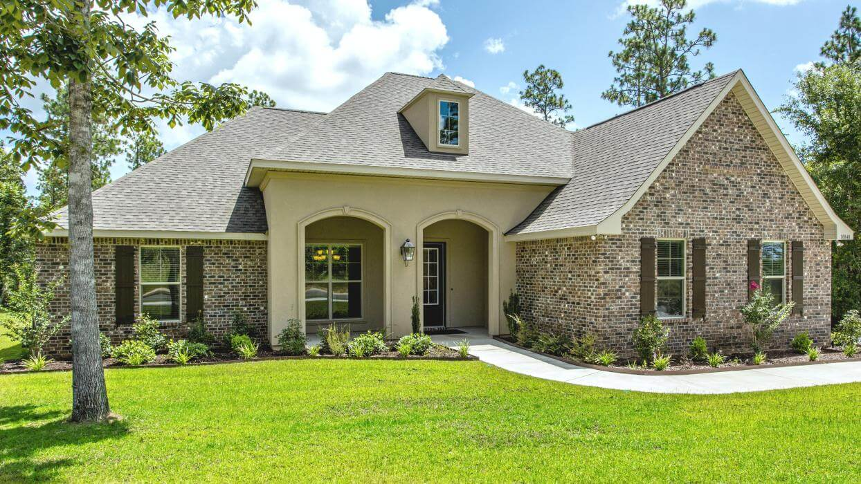 DSLD Homes in Baldwin County New Home front view