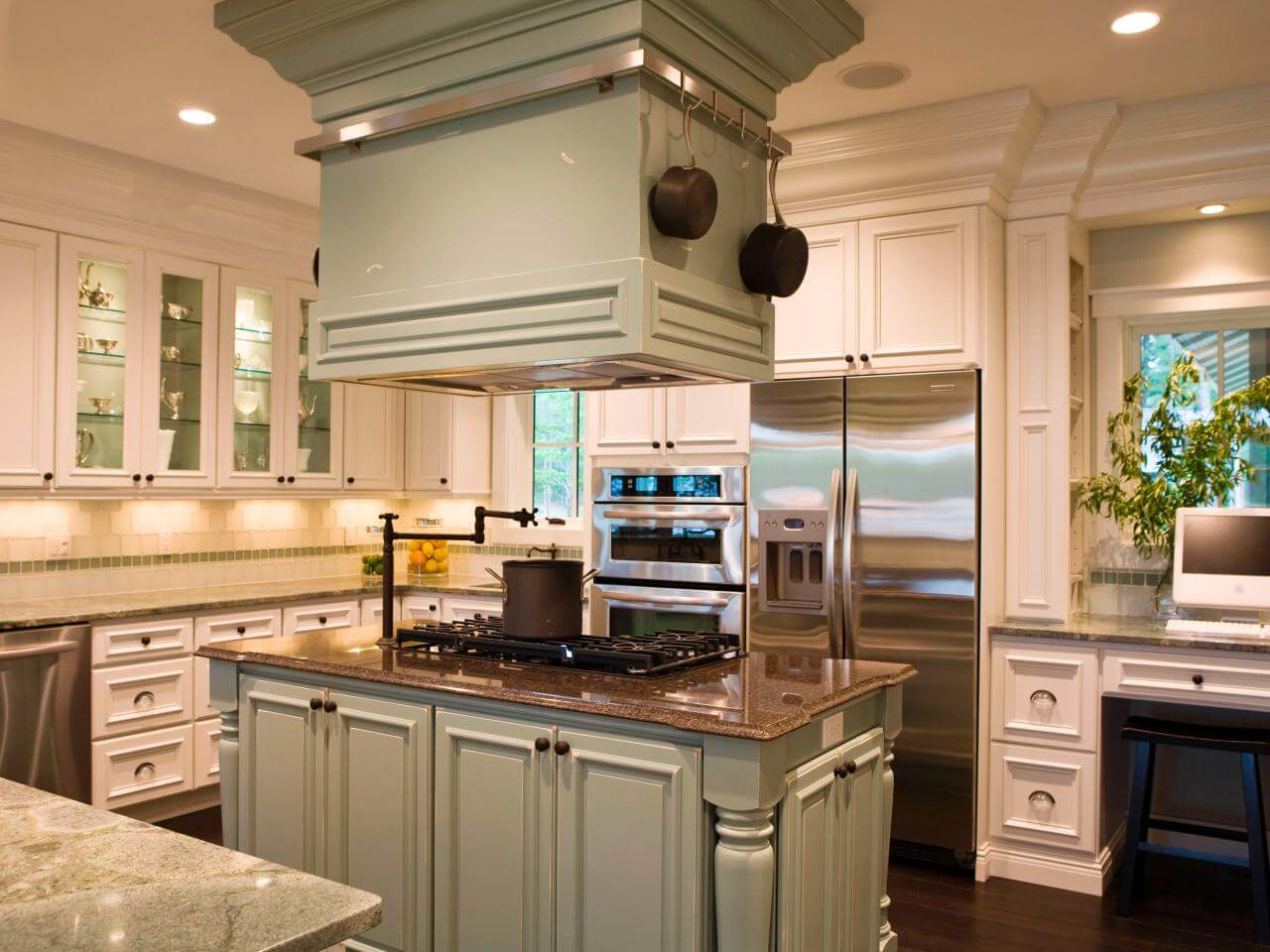 Gourmet kitchen homes for sale in fairhope daphne spanish fort alabama movetobaldwincounty com urban property