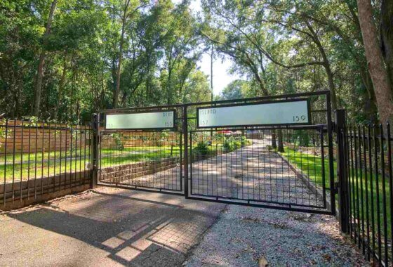 157 159 Blue Island Fairhope 36532 Gate