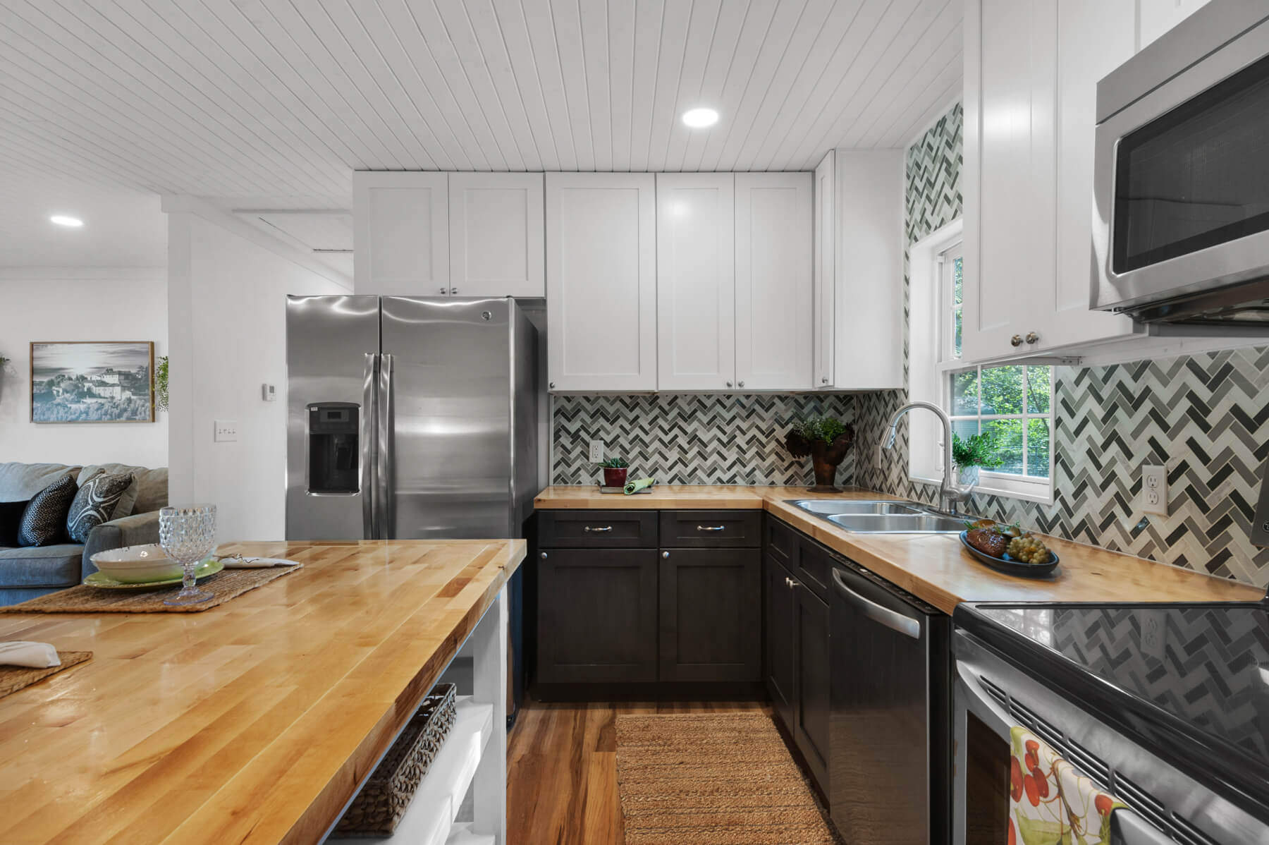 movetobaldwincounty.com Urban Property https://movetobaldwincounty.com/listings/317-w-berry-avenue-foley-al-36535-for-sale/